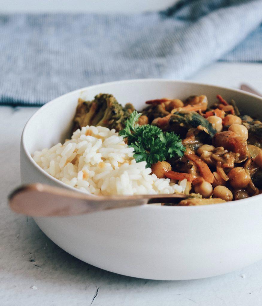 Curry met rijst en kikkererwten